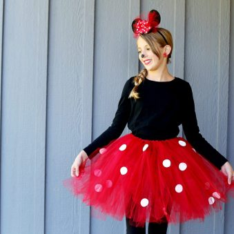minnie-mouse-diy-costume-ig-1024x1024